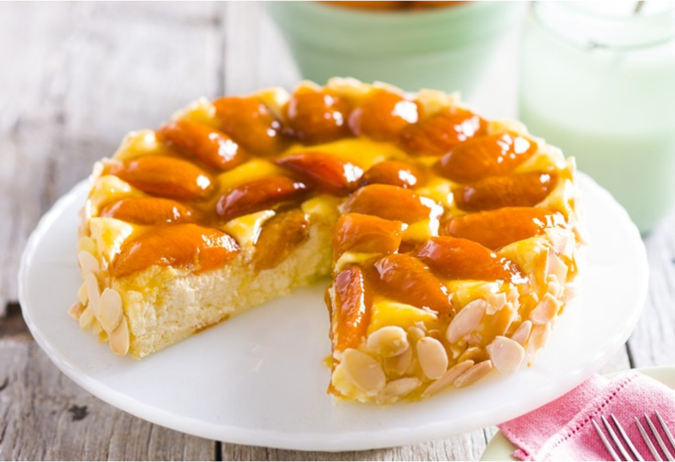 Apricot & almond baked cheesecake
