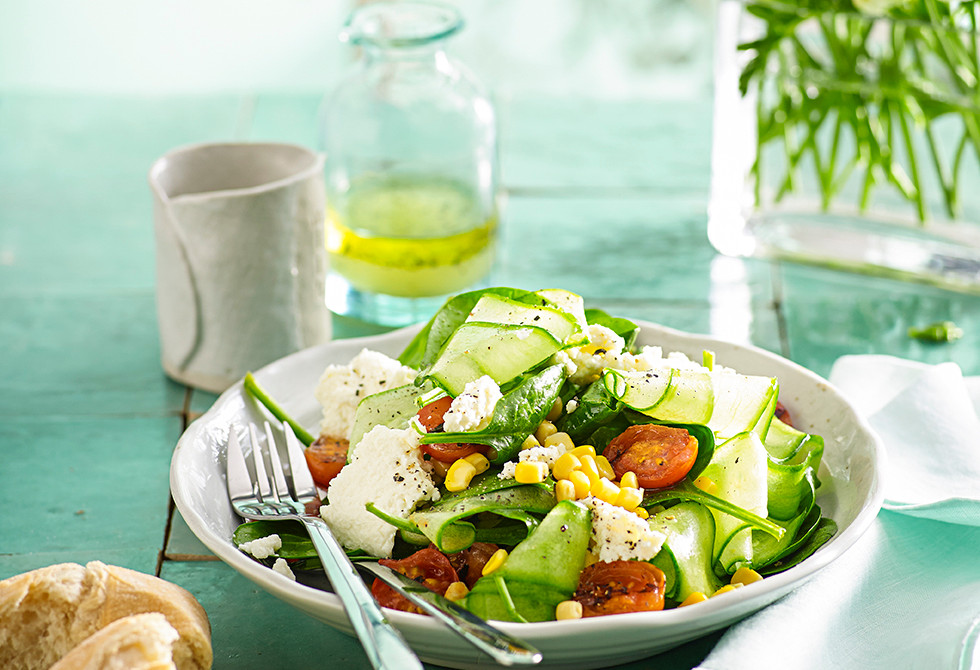 Chargrilled tomato, spinach and ricotta salad