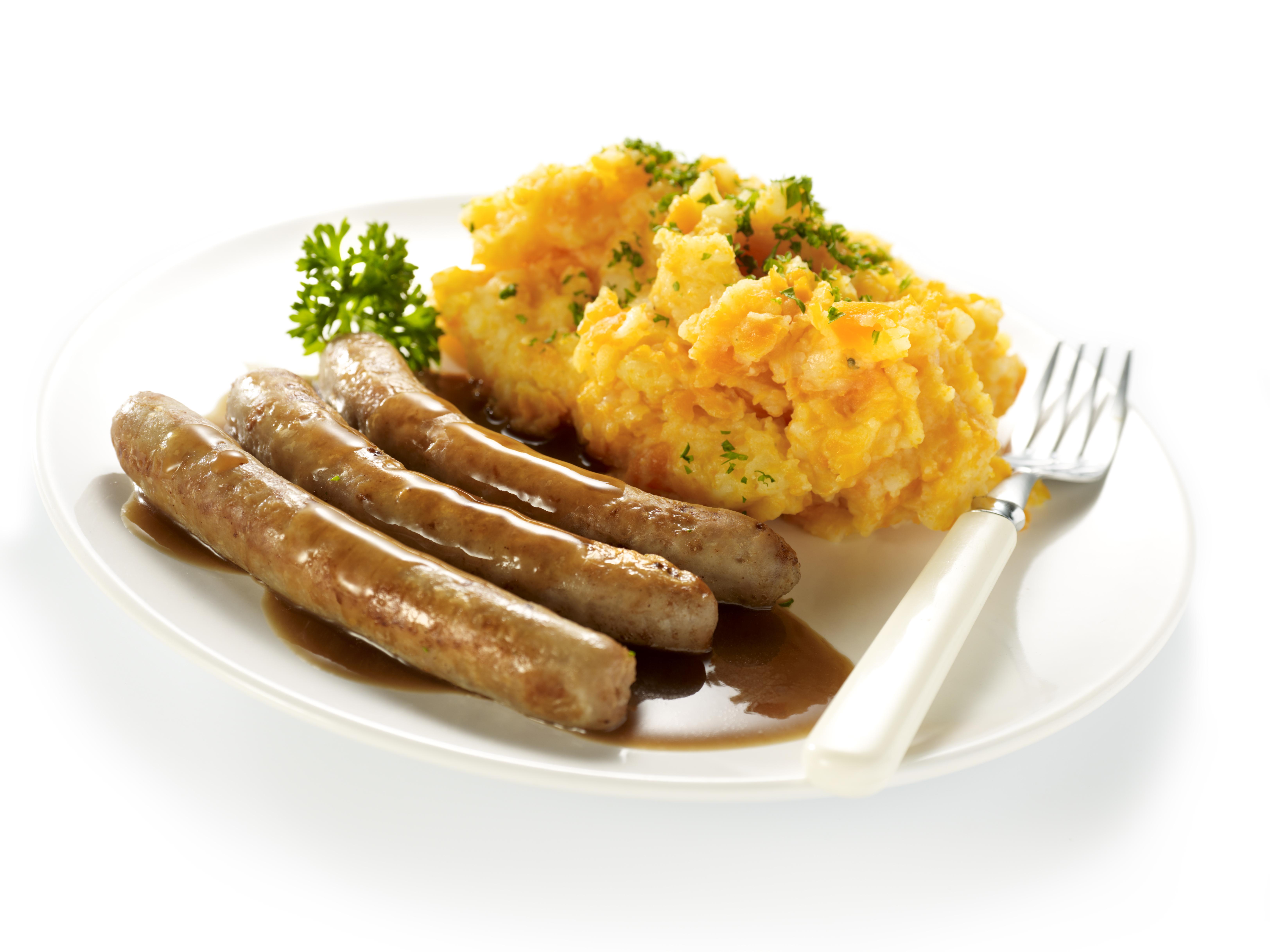 Worst met wortelpuree en vleesjus