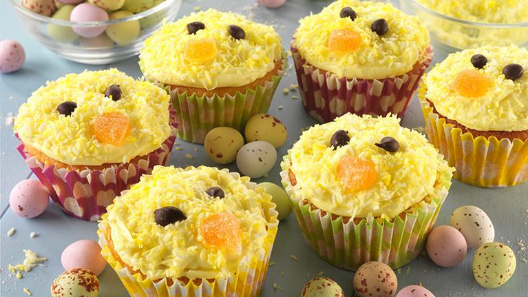 flora-easter-lemon-cupcakes-767x431