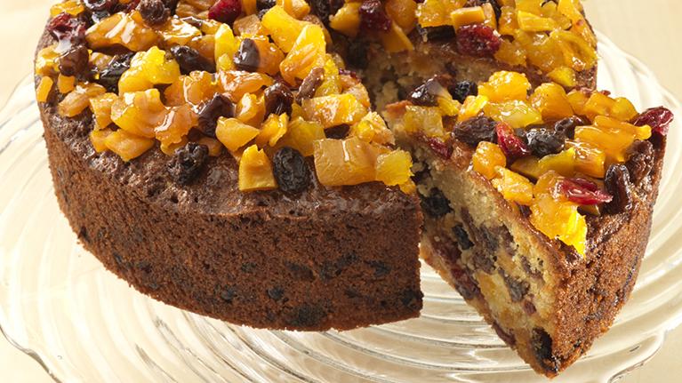 flora-tropical-tea-fruit-cake-767x431