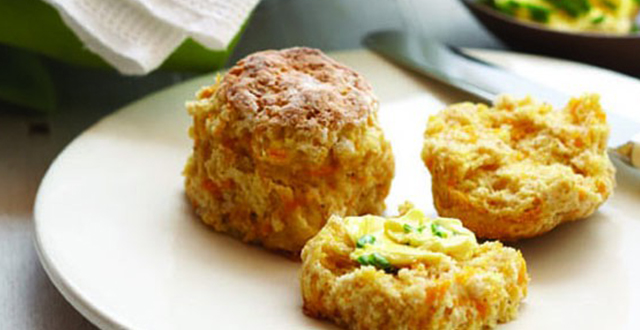 Pumpkin Scones with Chives Buttery