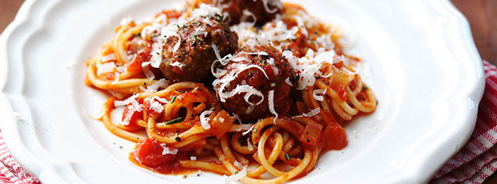 One-pan Spaghetti & Meatballs
