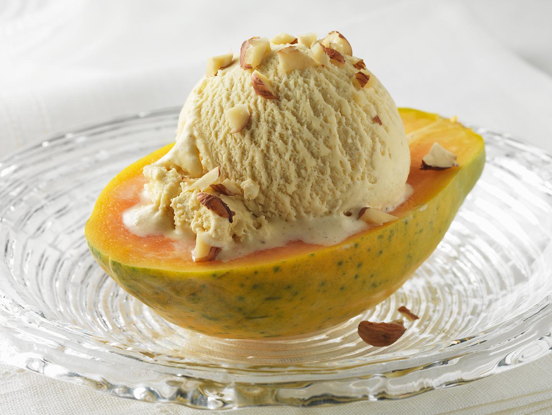 Refreshing Papaya and Vanilla Ice Cream